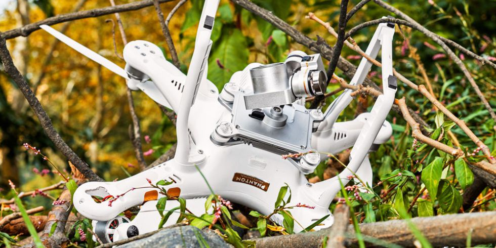 Drone crash in tree and need repair